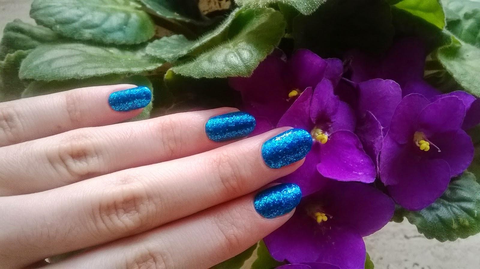 Colorful World Of Nail Niebieski Brokat Czyli Miss Sporty Oh My Gem 004