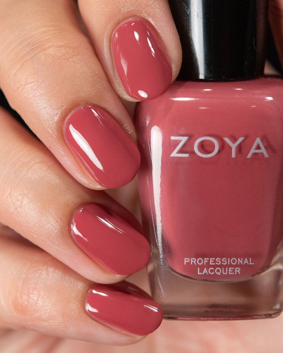 Uzivatel Zoya Nail Polish Na Twitteru Zoyabriar Is The Perfect Shade For Transitioning Into The Cooler Months Would You Try This Beauty Shop Her Here Https T Co O3tlluf4ue Shown On Erya Https T Co C9vysemdyy