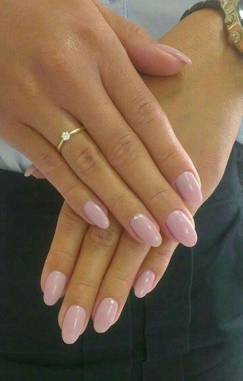 31 Incredible Nail Design With Glitter Accents Bezove Nehty Gelove Nehty Cervene Nehty