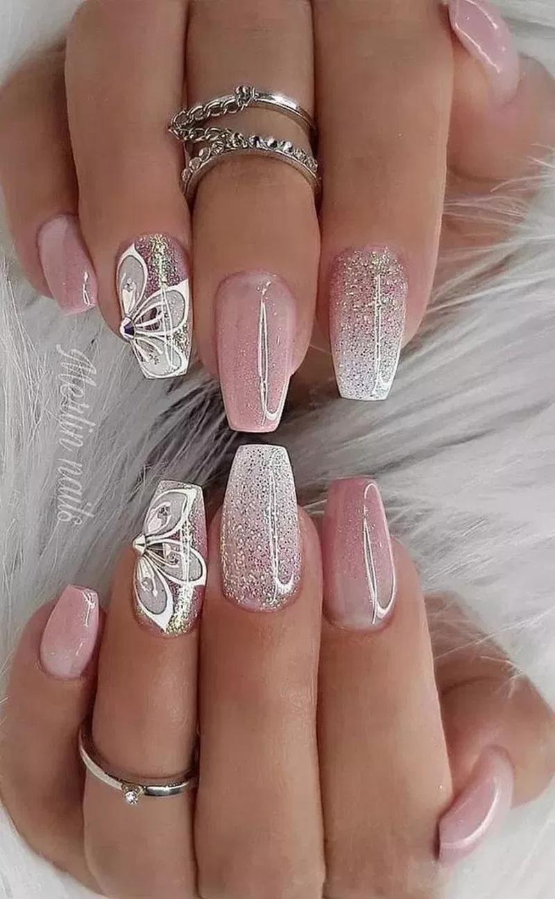 44 Glitter Summer Nails Art Ideas For An Excellent Look In 2020 Design Nehtu Gelove Nehty Kvetinove Nehty