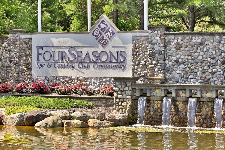 Four Seasons Country Club Adult Community Lakewood Njridge Realty
