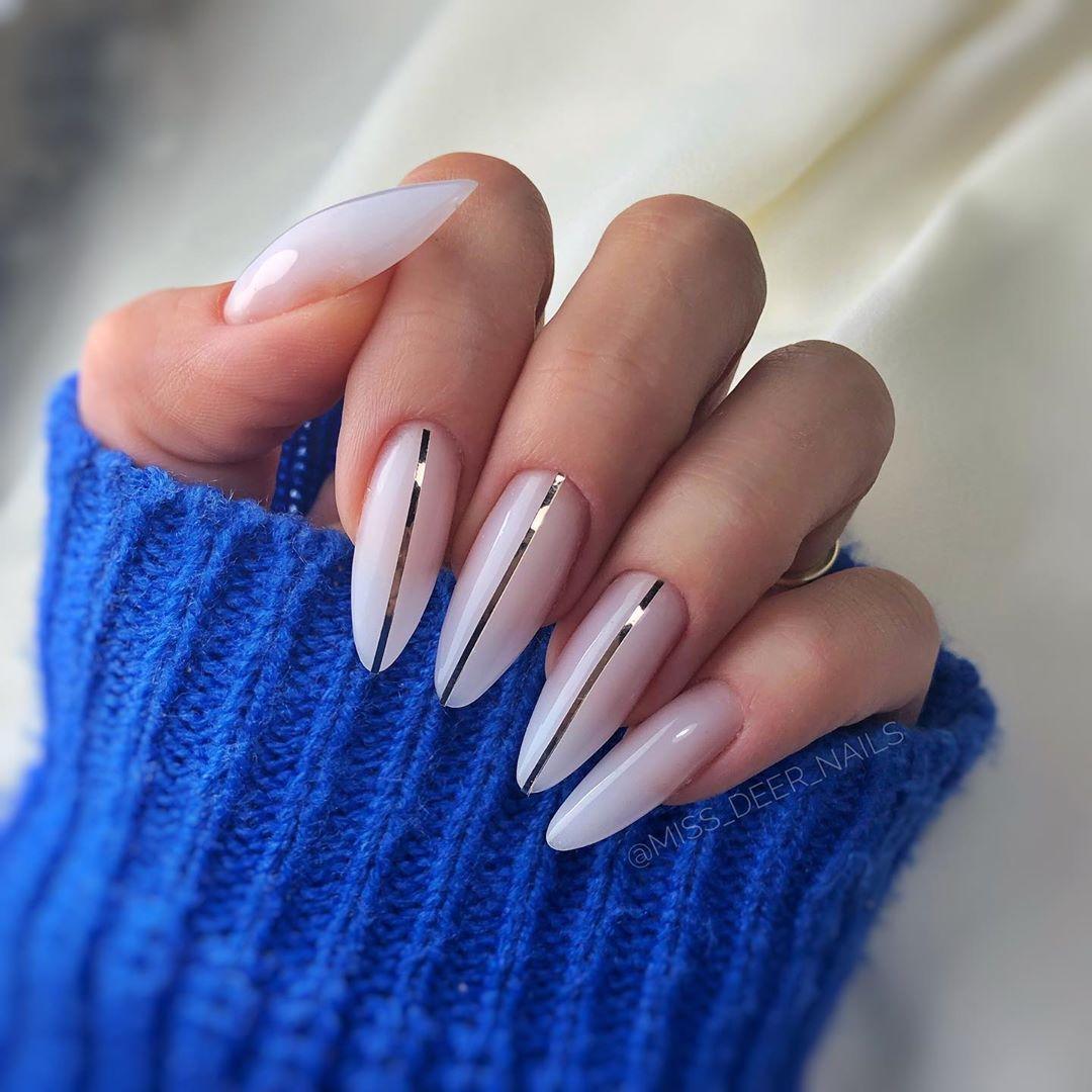10 Beyaz Ojeli Tirnaklar White Nails In 2020 Nail Designs Perfect Nails Manicure