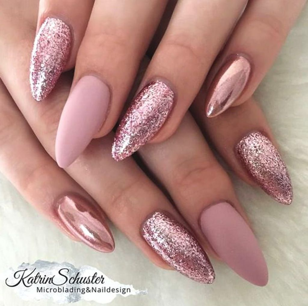 37 Unique Nail Design Ideas For Your Appearances Ombre Nehty Gelove Nehty Design Nehtu