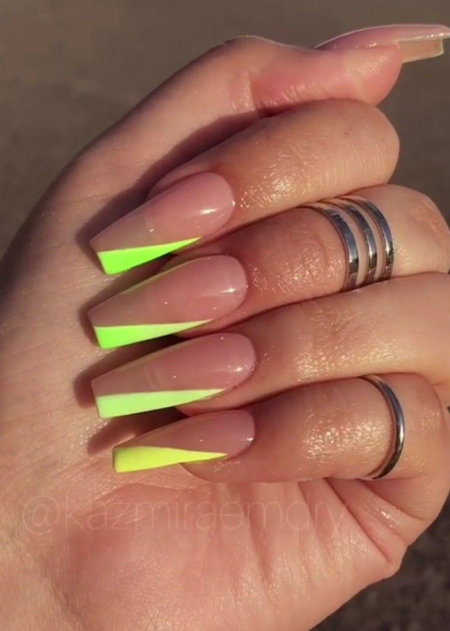 Pin By Nela Rackova On Nails In 2020 Nehty Vlasy