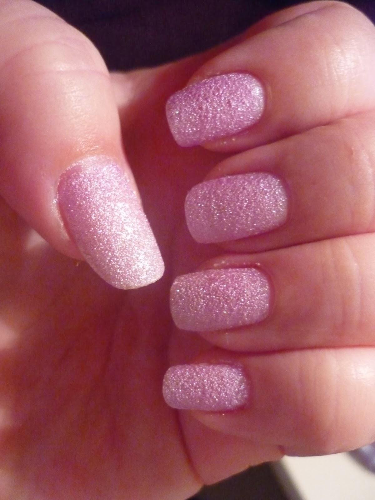 Lsg Blog Recenze Trpytivy Lak Na Nehty Stars Od Gabriella Salvete Odstin 13 Lavender Love