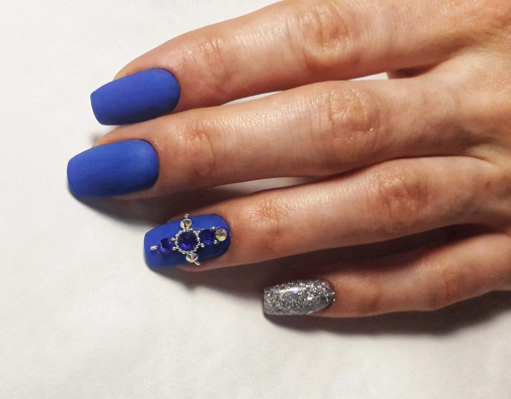 Blue Manicure 2020 100 Fotek Modnich Trendu Napadu Kombinaci