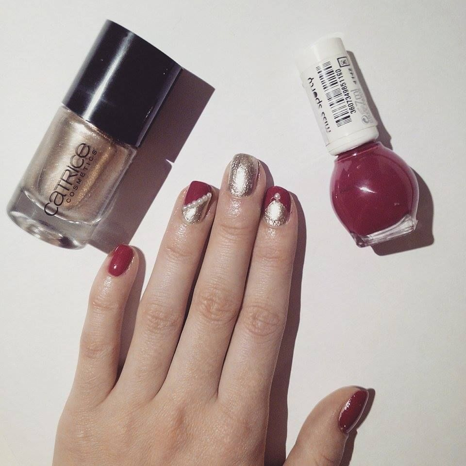 Pearl Pleasure Golden Catrice Nail Polish In Combination With Fuchsia Miss Sporty Nail Polish Pearls