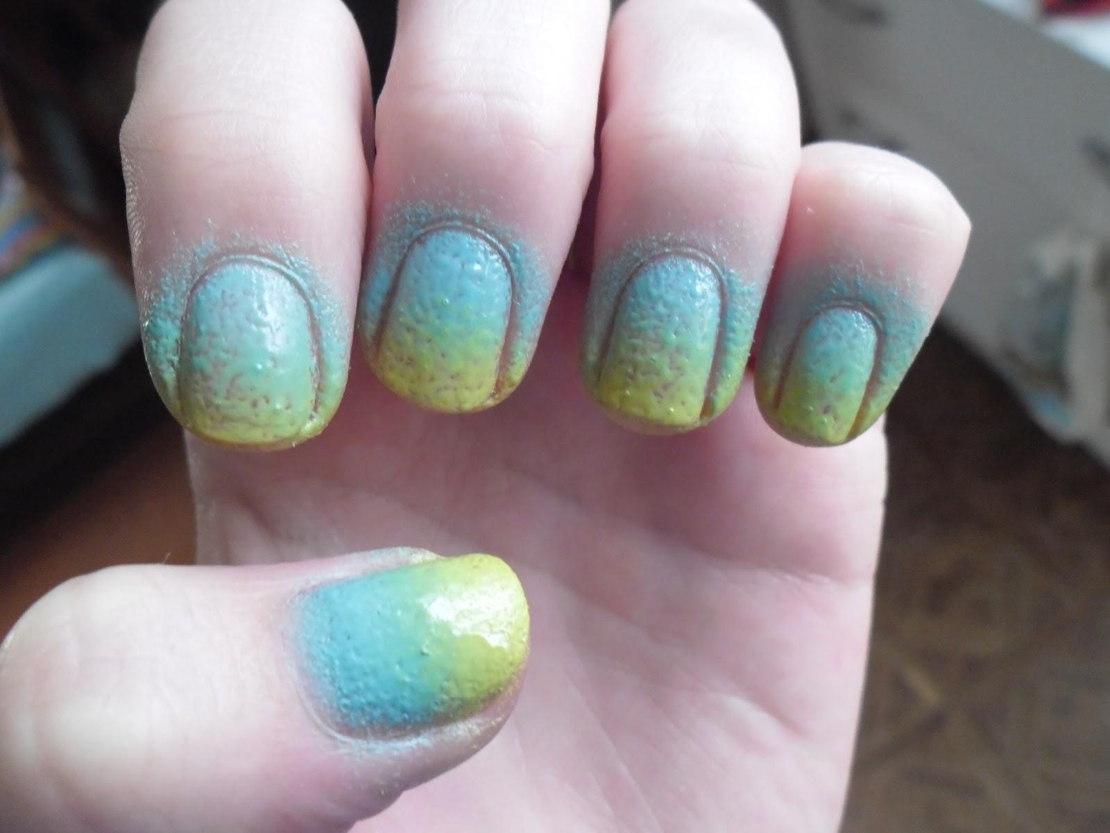 Zdenka Skodova Ombre Nails Nehty