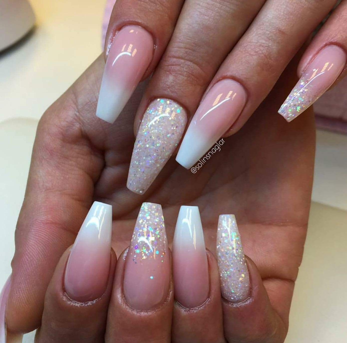 Pin By Eva On Nechty Pink Ombre Nails Ombre Nails Glitter Manicure