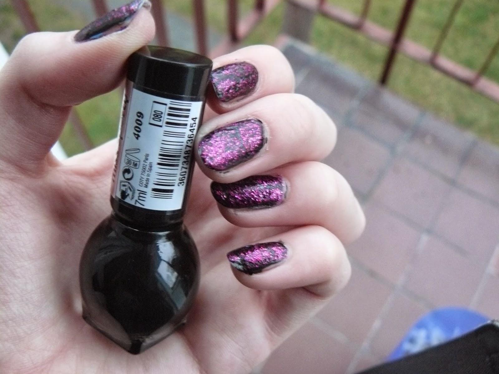 Nails Kingdom Fall In Love