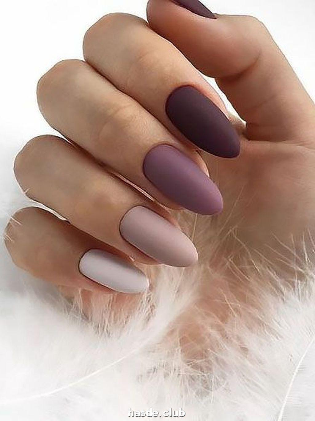 30 Inspiring Winter Nails Color Trend 2020 In 2020 Koromotletek Matt Kormok Korommintak