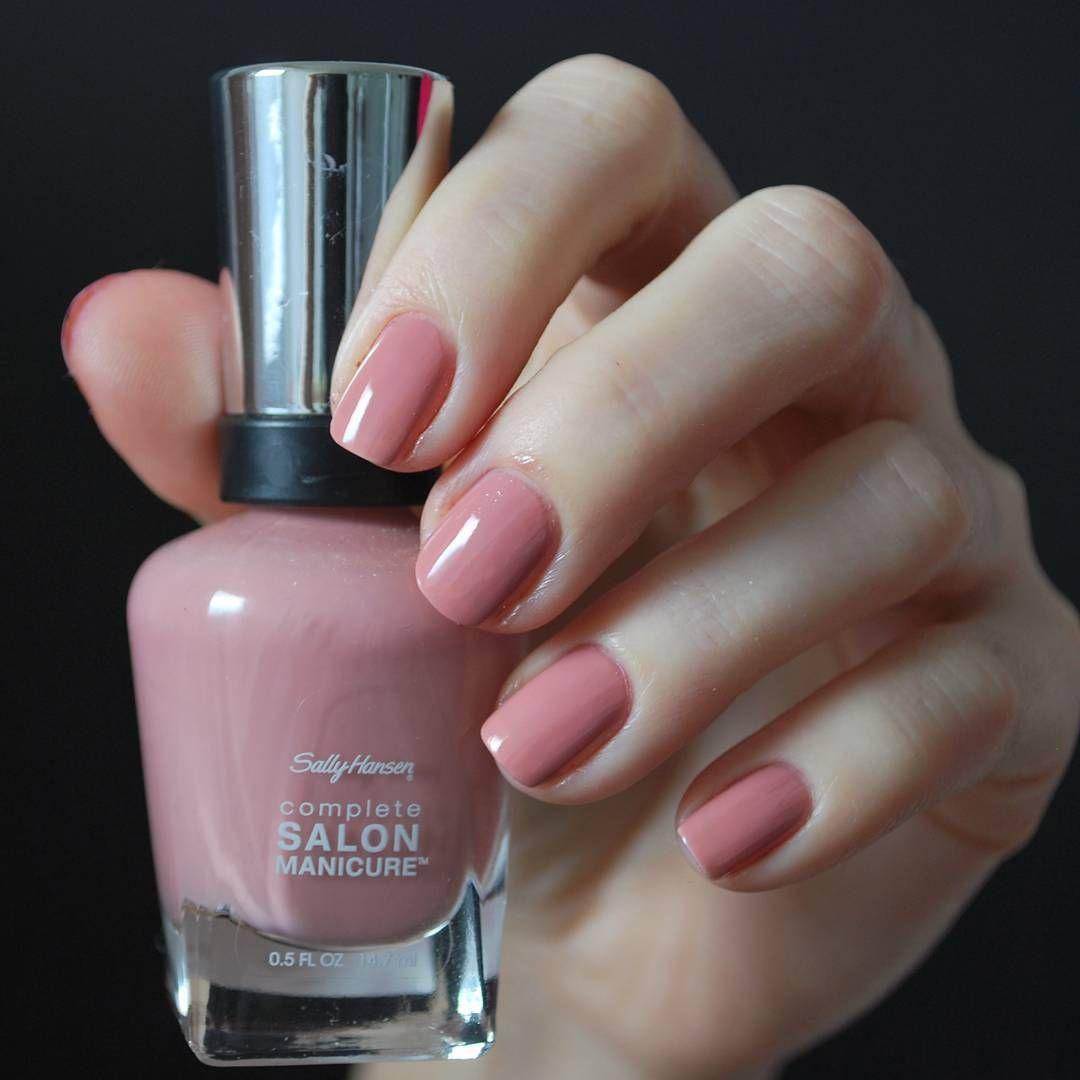 Awesome Nail Trends You Should Follow This Year Nail Polish Sally Hansen Nail Polish Cute Nail Polish