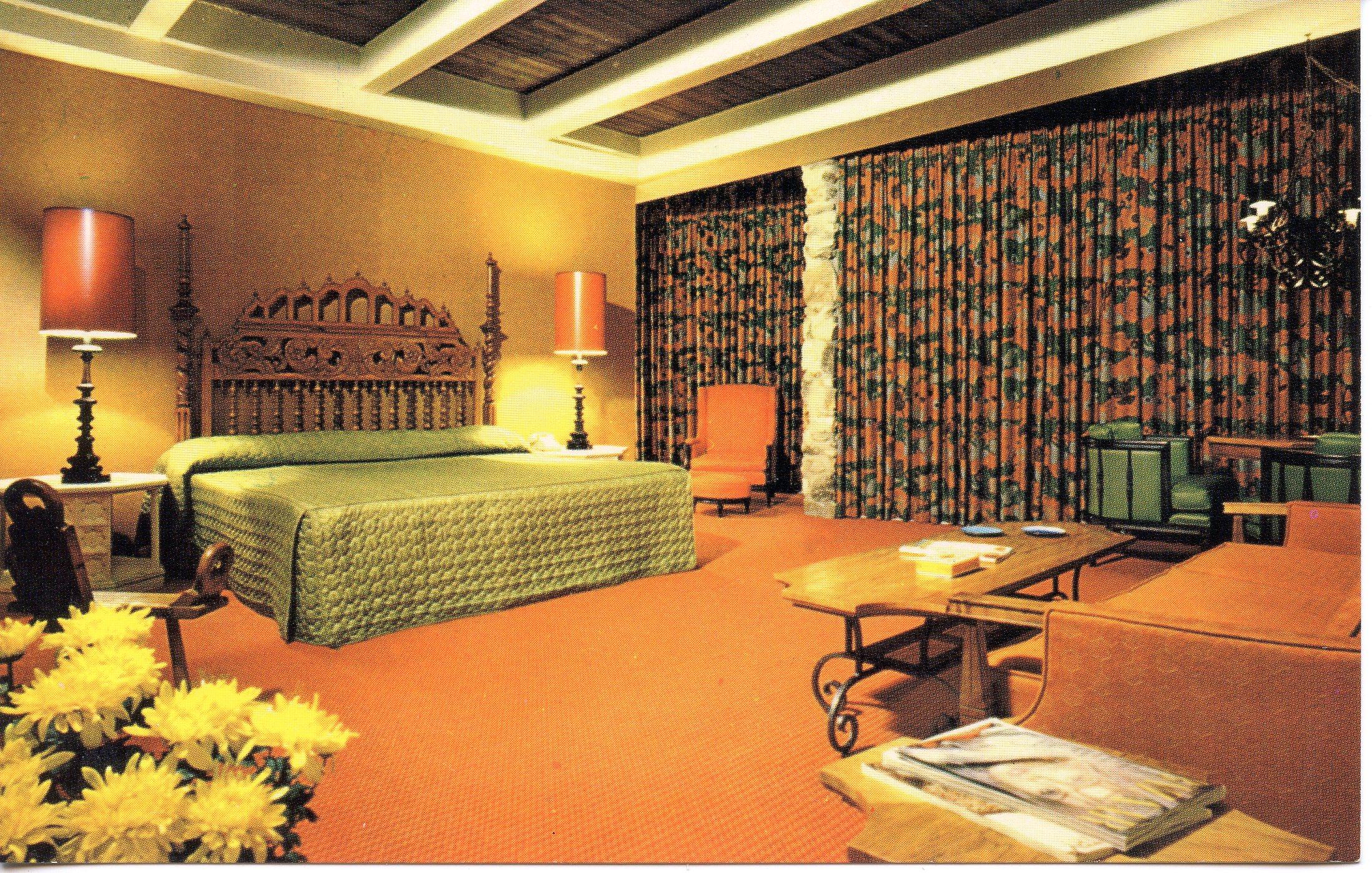 Us Pc907 Lodge Of The Four Seasons Lake Ozark Mo Hippostcard