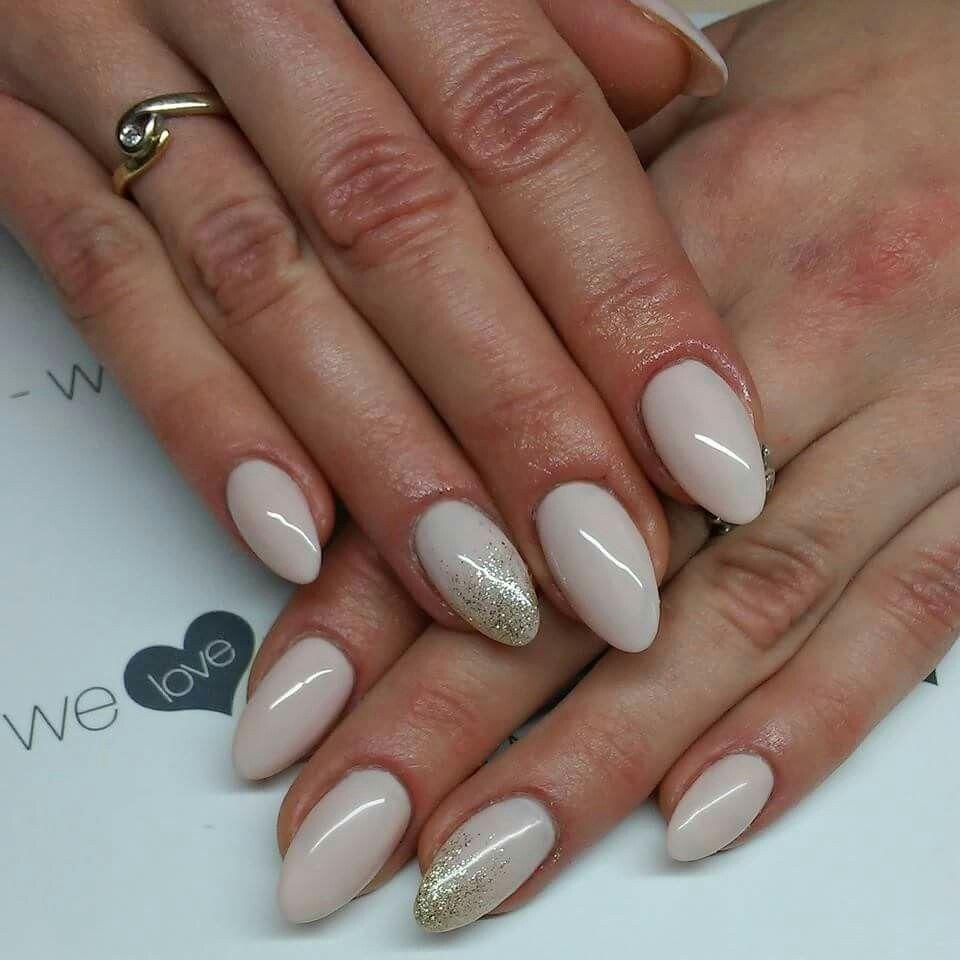 Lakiery Hybrydowe Uv Laq 510 Skin Colour 628 Golden Eye Nails By Alicja Koziolek Spnnails Uvlaq Inspiracje Paznokcie Manicu Nails Nail Designs Nail Art