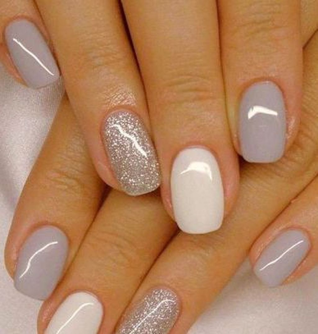 20 Attractive Nail Designs Ideas That Are So Perfect For Fall 2019 Barevne Nehty Zlate Nehty Gelove Nehty
