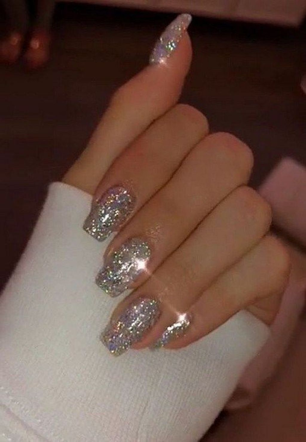 33 Fabulous Nail Design Ideas That Add To Your Appearances Trendy Nails Fabulous Nails Silver Sparkle Nails