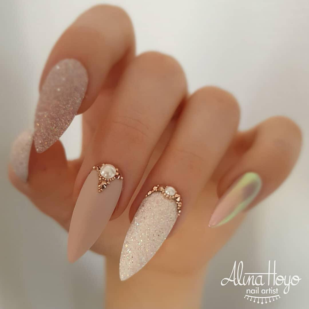 32 Eye Catching Nail Design Ideas Perfect For Four Season In 2020 With Images Design Nehtu Nehty Napady Na Nehty