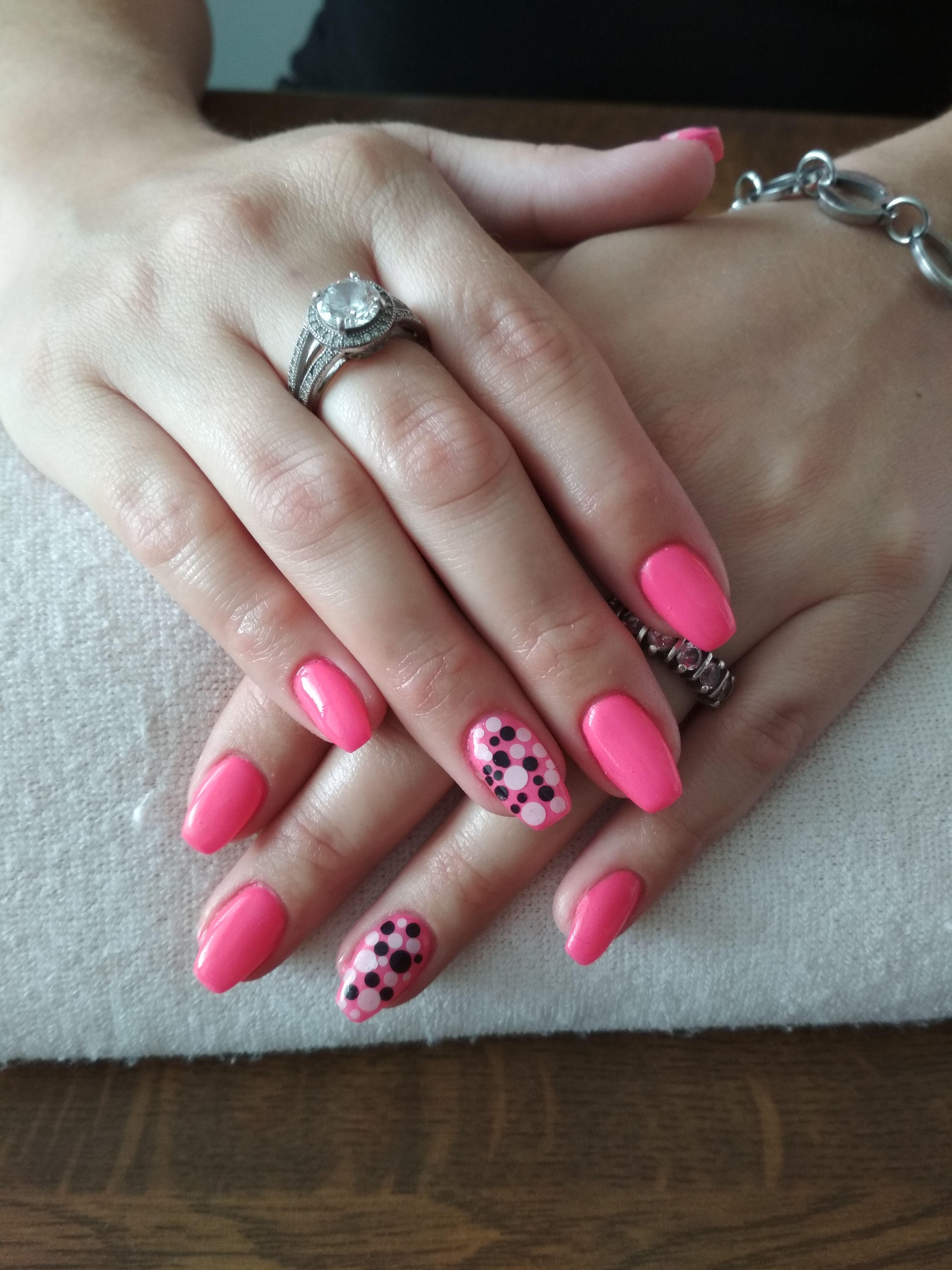 Neon Pink Gel Black And White Dots Gelove Nehty Nehty