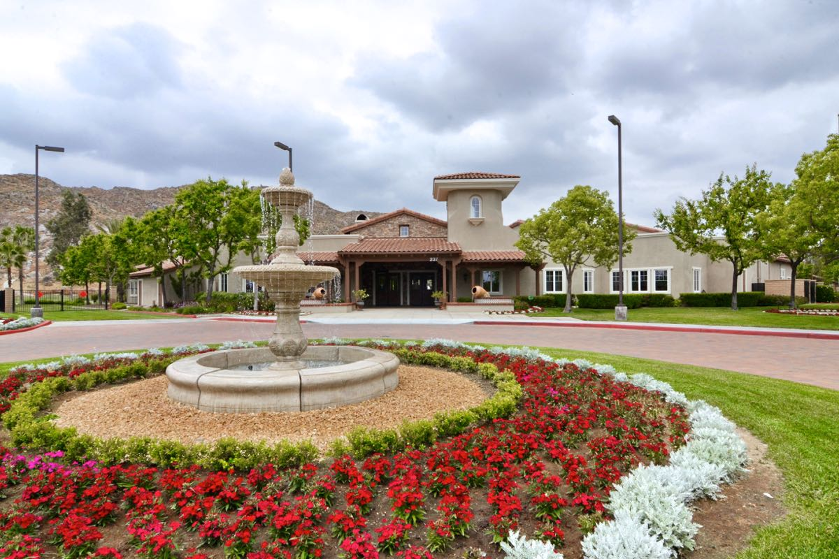 Four Seasons At Hemet Hemet Ca Retirement Communities 55places