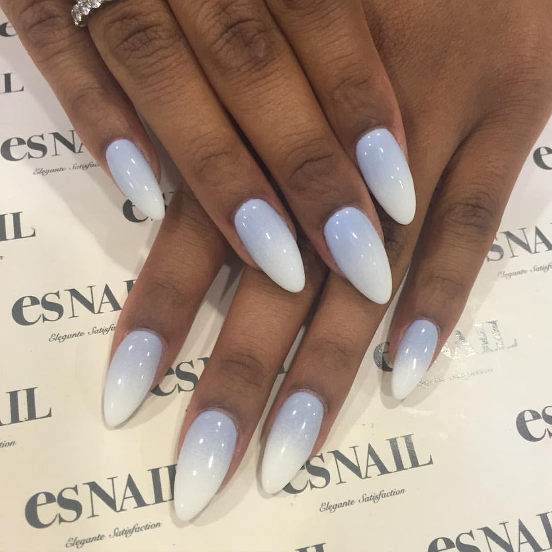 Blue Grey White Ombre Nails For Safia Mafia By Yuri Artist Nailart Unas De Gel Diseno De Unas Con Brillos Unas