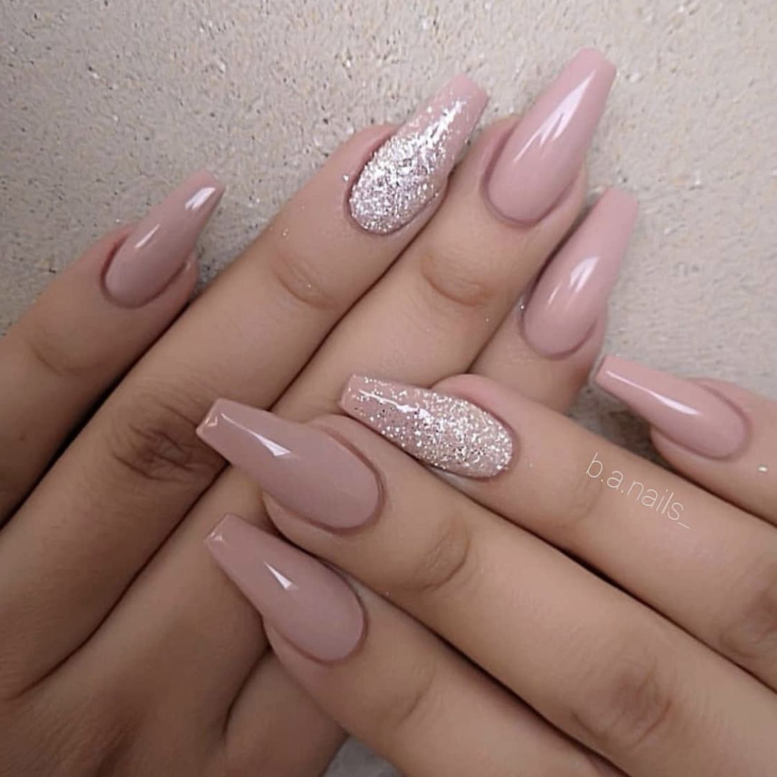 Pin By Bara Rojikova On Nails In 2020 Design Nehtu Umele Nehty Gelove Nehty