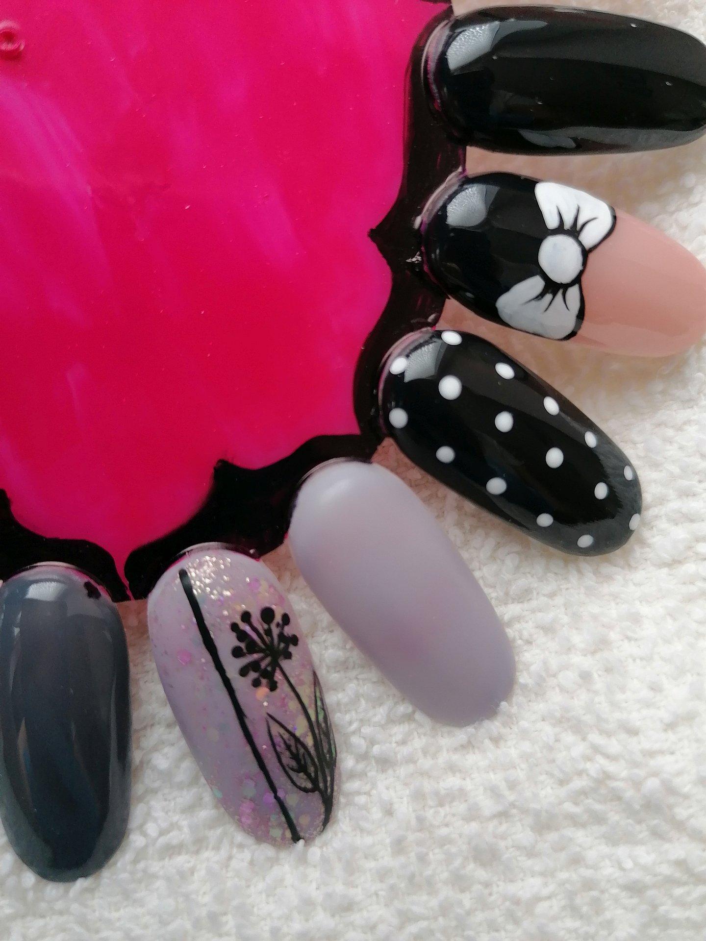 Kosmetika Manikura Pedikura Salon Papilio Nova Paka