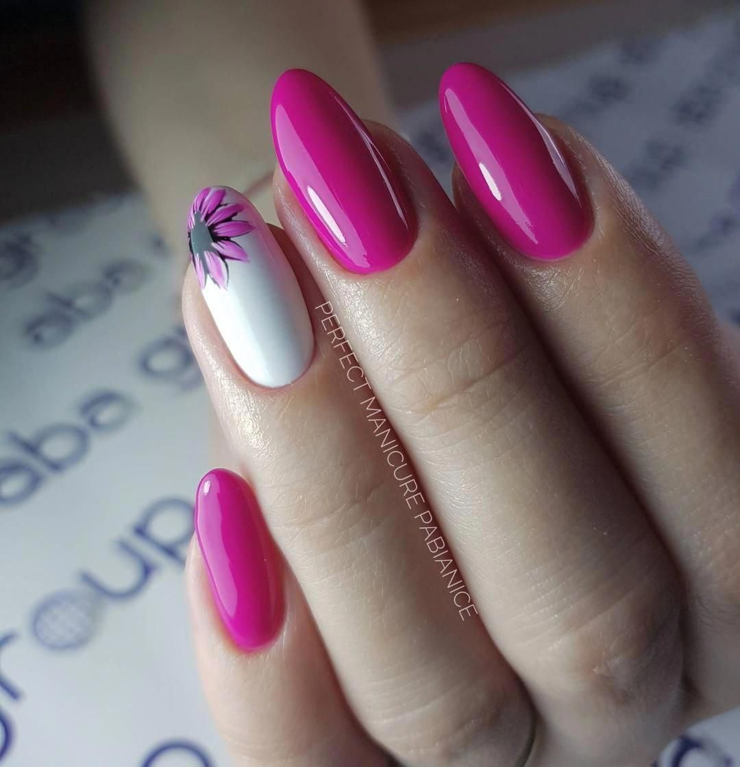 Love Is In The Air A Nail Polish In The Colors Of Love In 2020 Gelove Nehty Design Nehtu Nehty