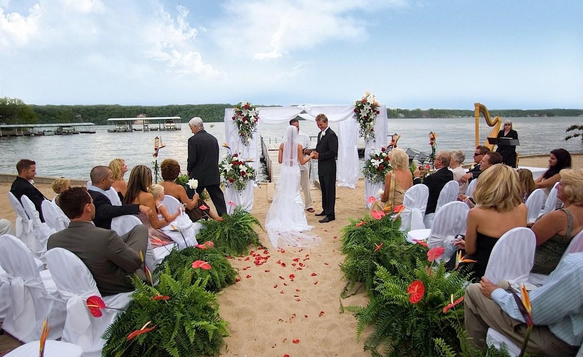 The Lodge Of Four Seasons Venue Lake Ozark Price It Out