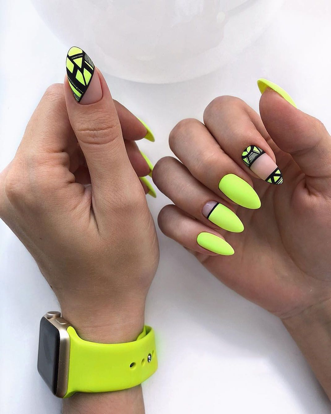 45 Glamorous Nail Arts And Designs For 2018 19 Long Acrylic Nail Designs Yellow Nails Yellow Nail Art