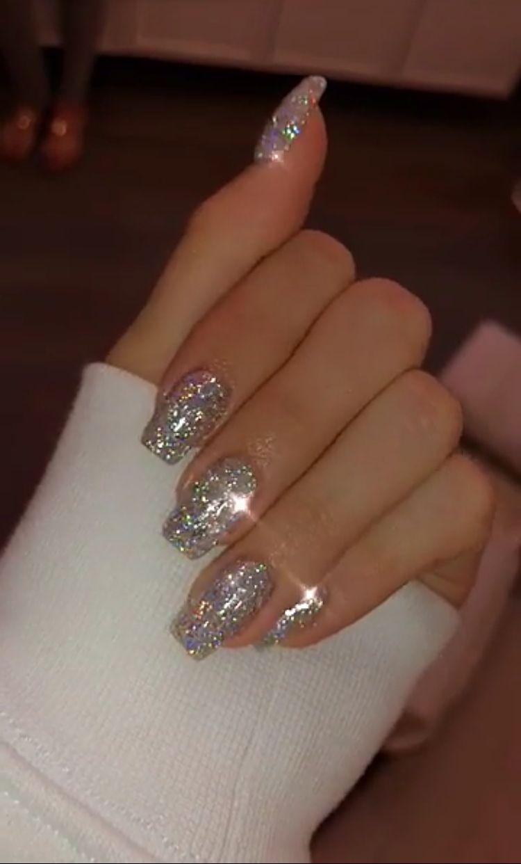 49 Ways To Putting Glitter For Nail Polish Idea Design Nehtu Gelove Nehty Nehet