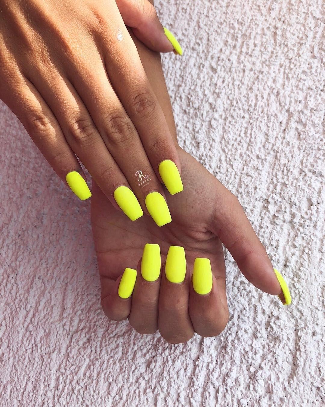 Yellow Nails Nail Nailart Neon Neonnailsummer Neonnails Summer Summernails Summerday Summervibes Summer Summerti Gelove Nehty Nehty Nehty Stiletto