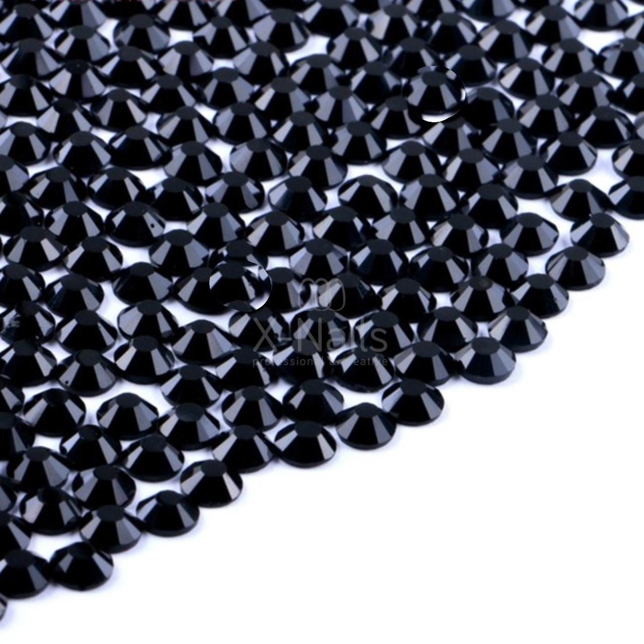 Brousene Kaminky Na Nehty Ss6 2 Mm Se Swarovski Efektem 50 Ks Jet Black X Nails Gelove Akrylove Nehty