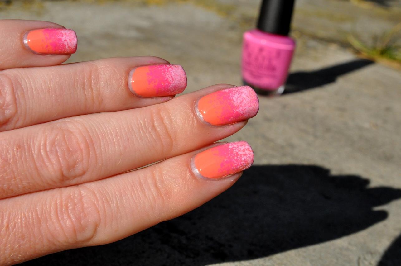 2 V 1 Aneb Metoda Houbickovani Color Blocking Nails Petra