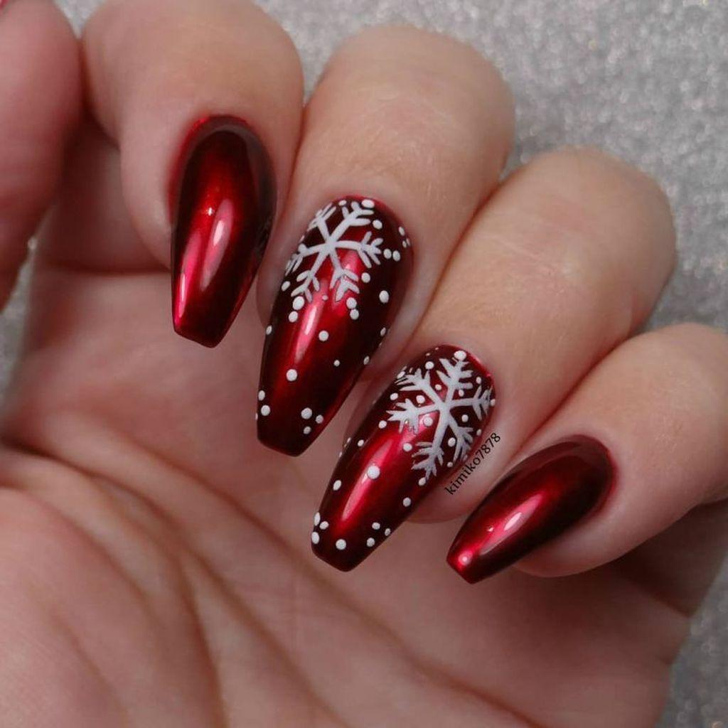 38 Lovely Winter Nails Design Ideas You Should Copy Cervene Nehty Barevne Nehty Design Nehtu