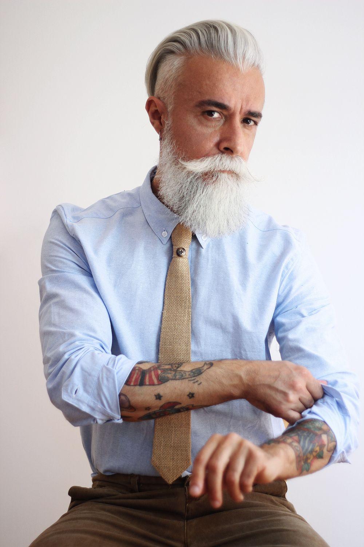 Prosac Alwaysmile Foto Di Cristian Tampieri Officinatrentaquattro Retroscena Moda Capelli Uomo Stili Di Barba Stile Uomo
