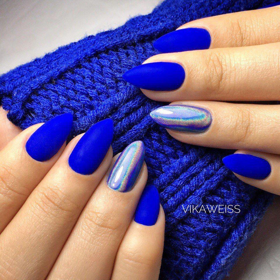 Pin By Karolina Sladeckova On Nail Art In 2020 Modre Nehty Gelove Nehty Design Nehtu
