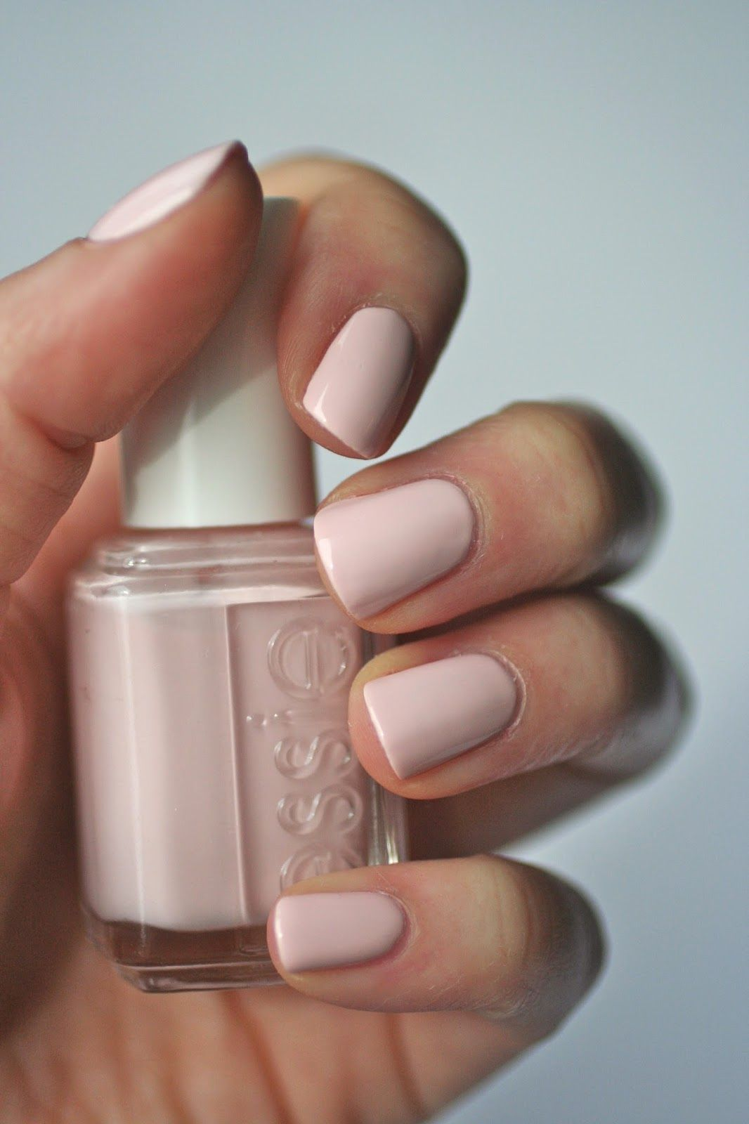 Essie Pale Pink Comparison Ballet Slippers Minimalistic Romper Room Fiji Essie Envy Nail Polish Bridal Nails Beautiful Nails
