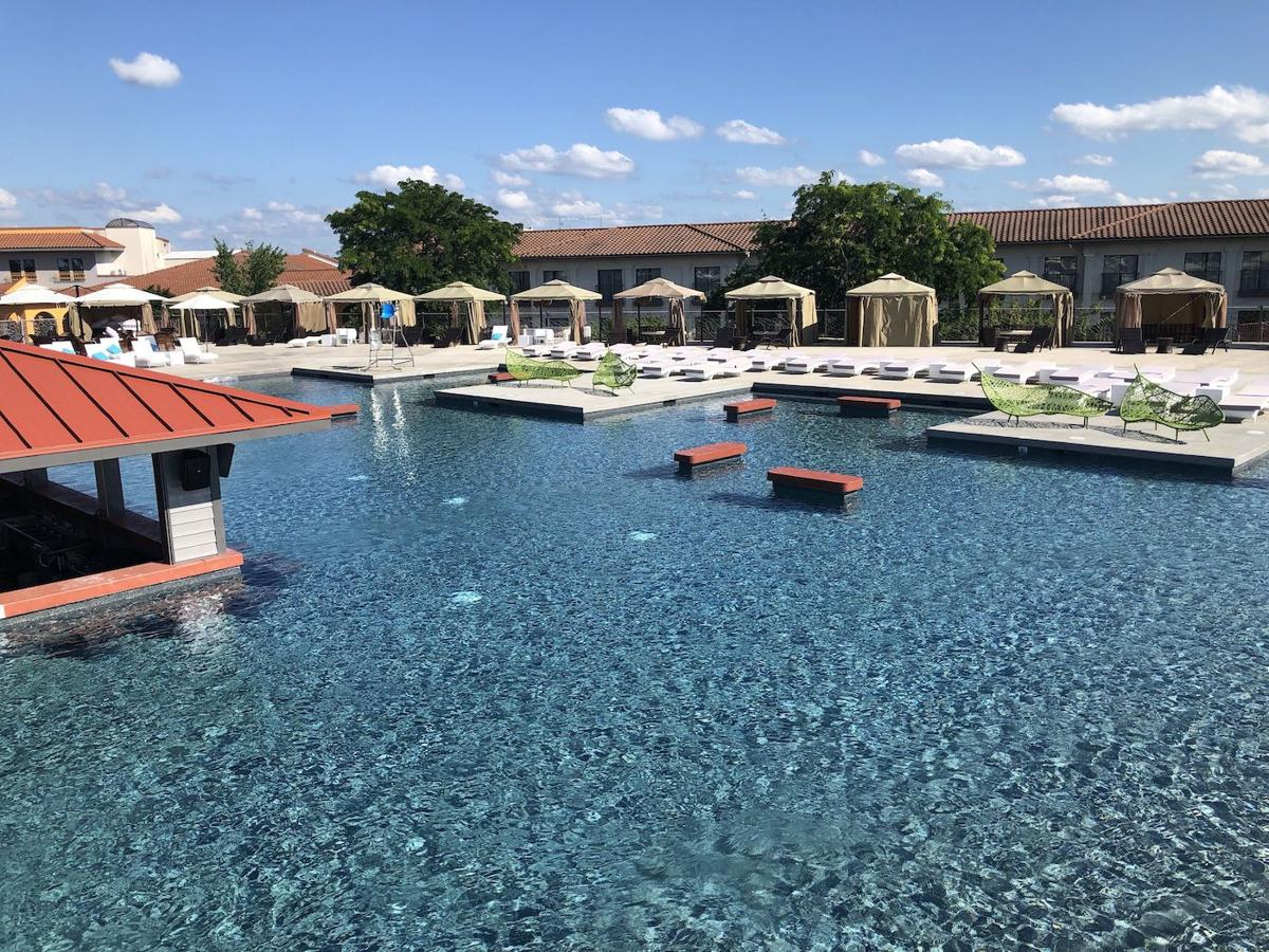 Hippopotamus The Lake S Largest Swim Up Bar Opens At Regalia Hotel On Land Lakeexpo Com