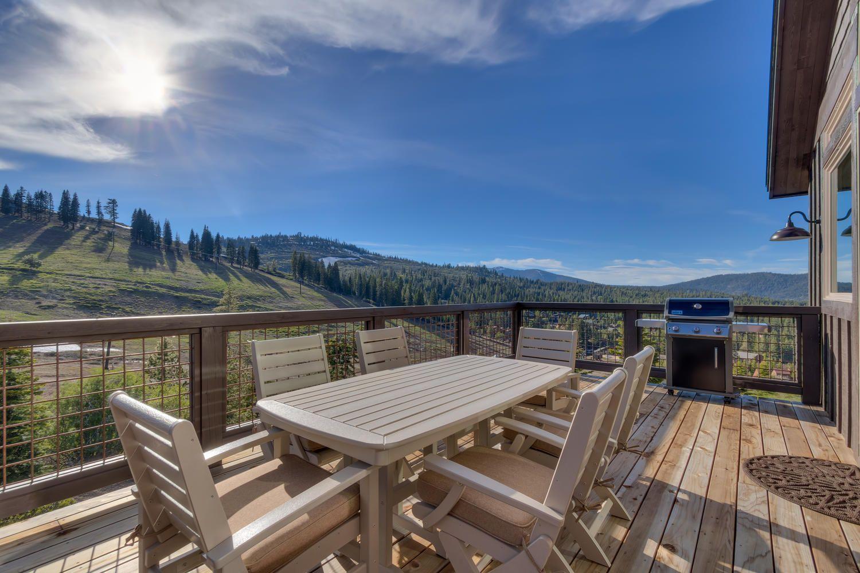 Lake Tahoe Rental Four Seasons Retreat At Tahoe Donner 5 Ndrm Best Tahoe Rentals Tahoe Retreat