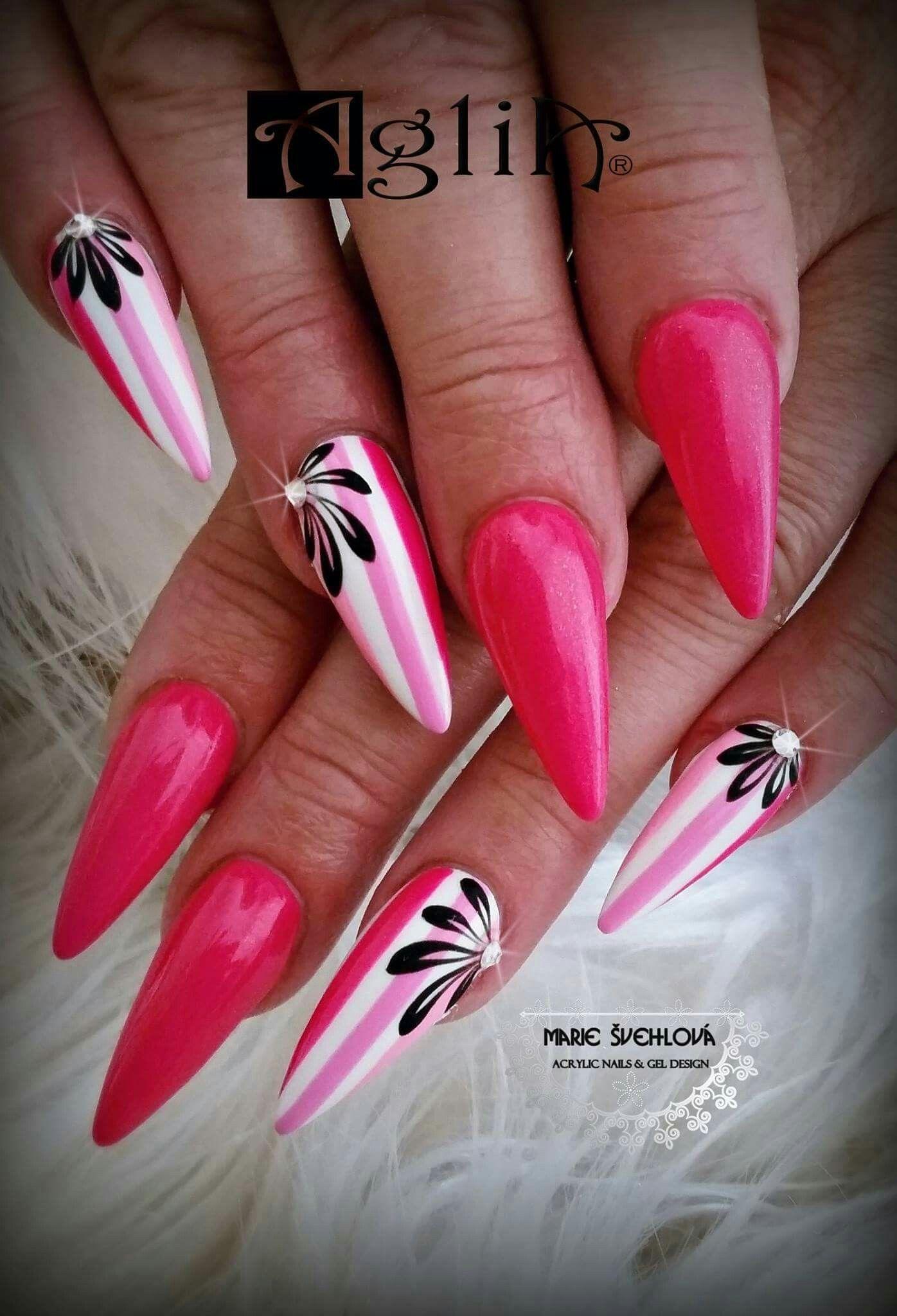 Pink Nails 2018 Napady Na Nechty Letne Nechty Gelove Nechty
