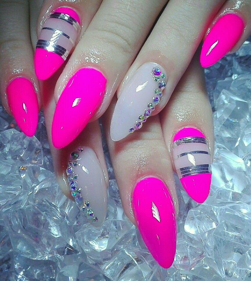 Pink Neon Nails Nehty