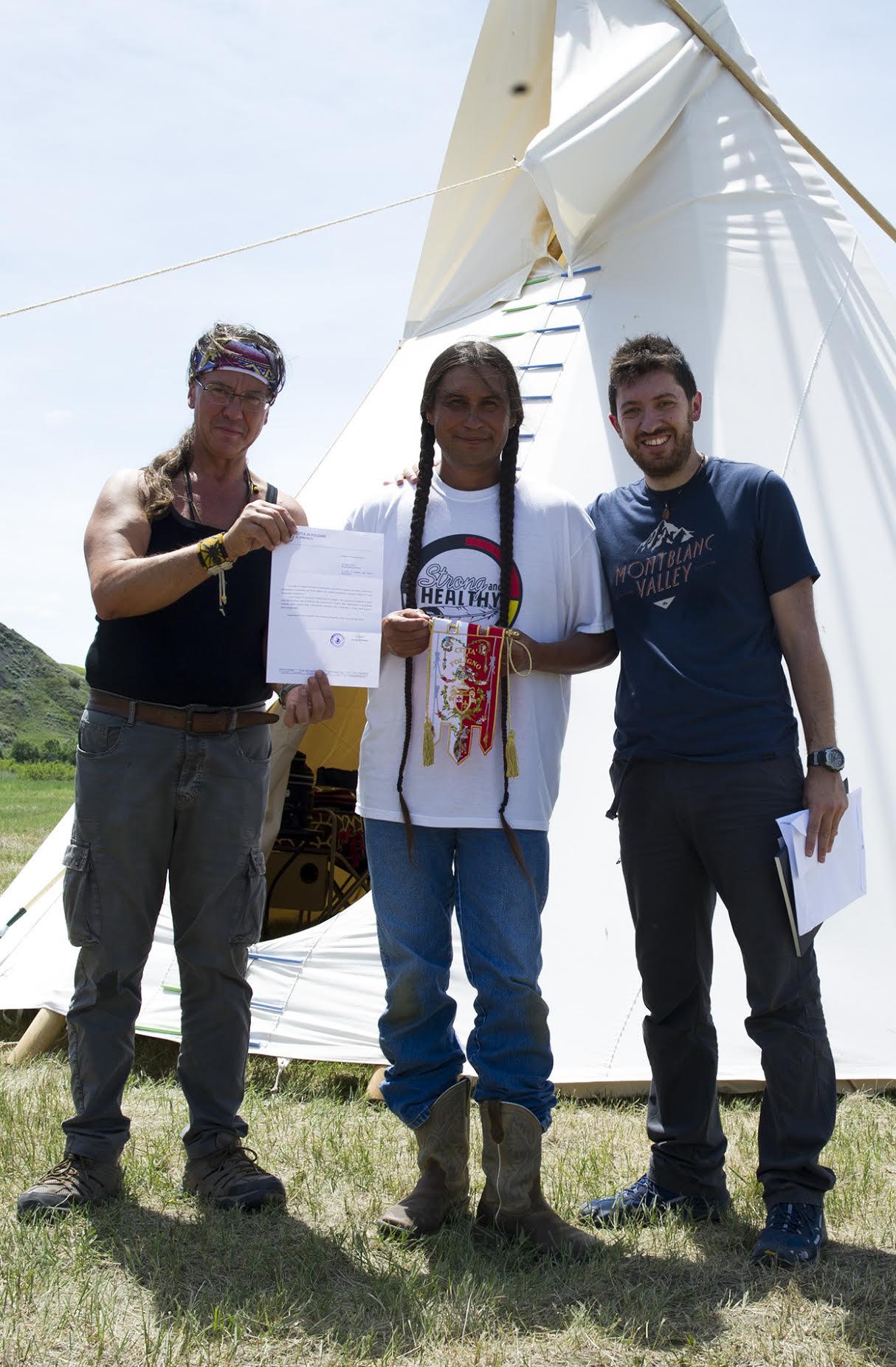 Il Fotografo Alessio Vissani Porta Foligno Nelle Riserve Dei Nativi Americani Rgunotizie