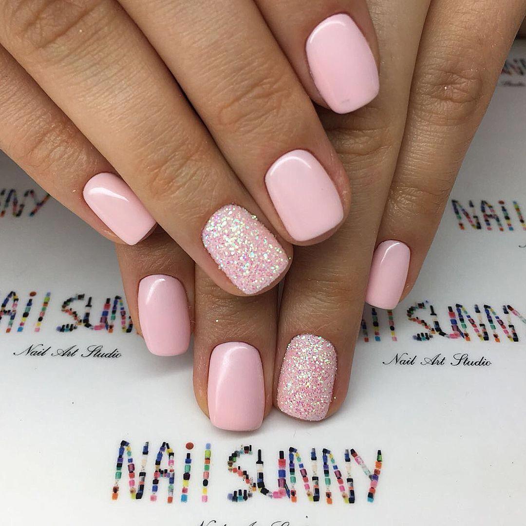 Polish Your Nails In The Colors Of Your Favorite Football Team Gelove Nehty Design Nehtu Barevne Nehty