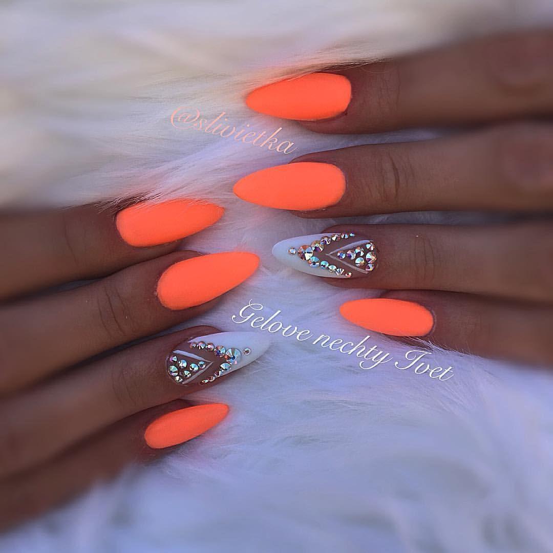 Neonnails Neon Summernails Swarovskicrystals Swarovski Swarovskinails Orange Orangenails Nailsprodigy Nailart Nailde Gelove Nehty Design Nehtu Nehty
