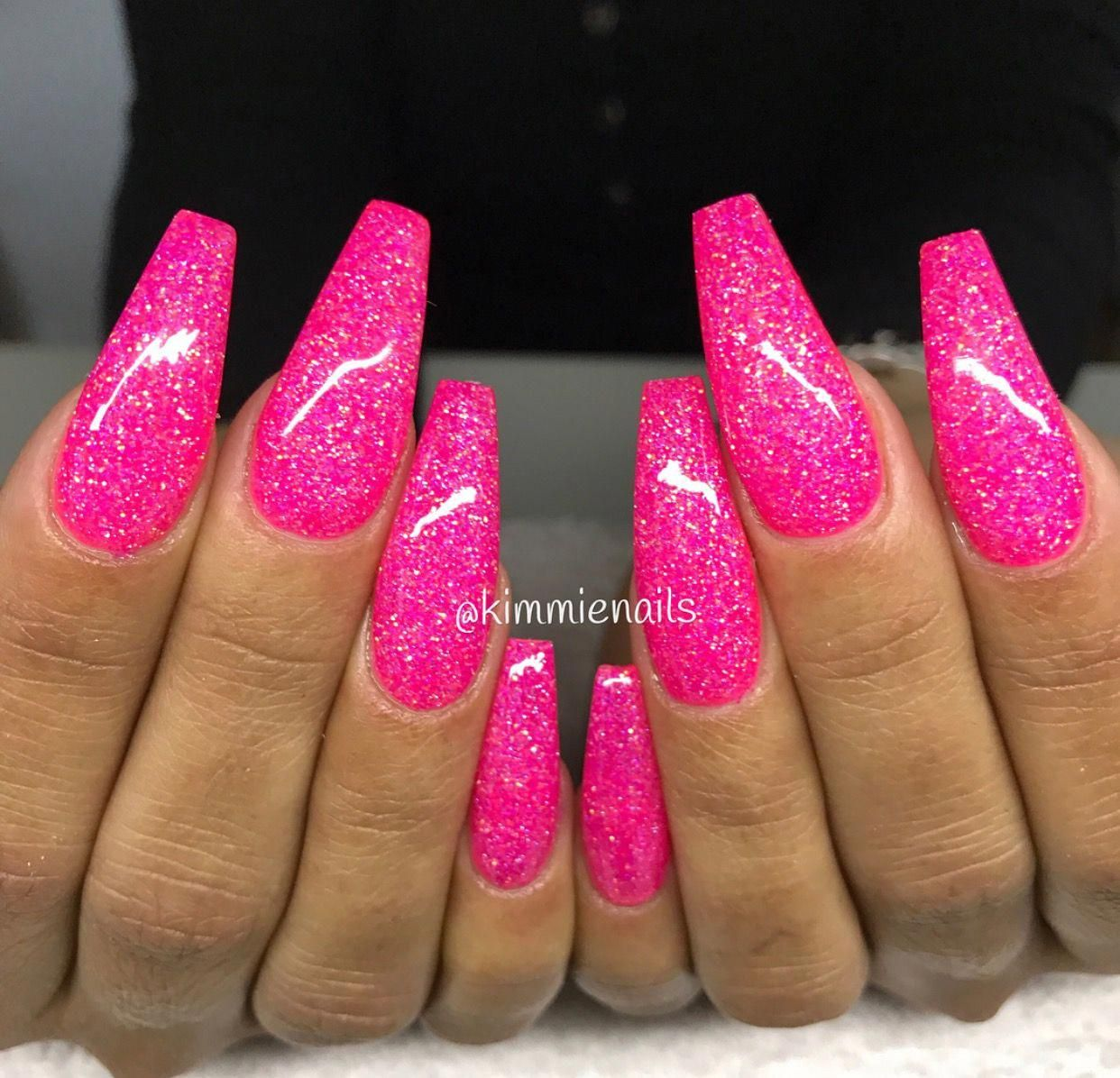 Kimmiesnails Book With Her And Follow Us Hair Nails And Style Pinknail Gelove Nehty Nehet Nehty