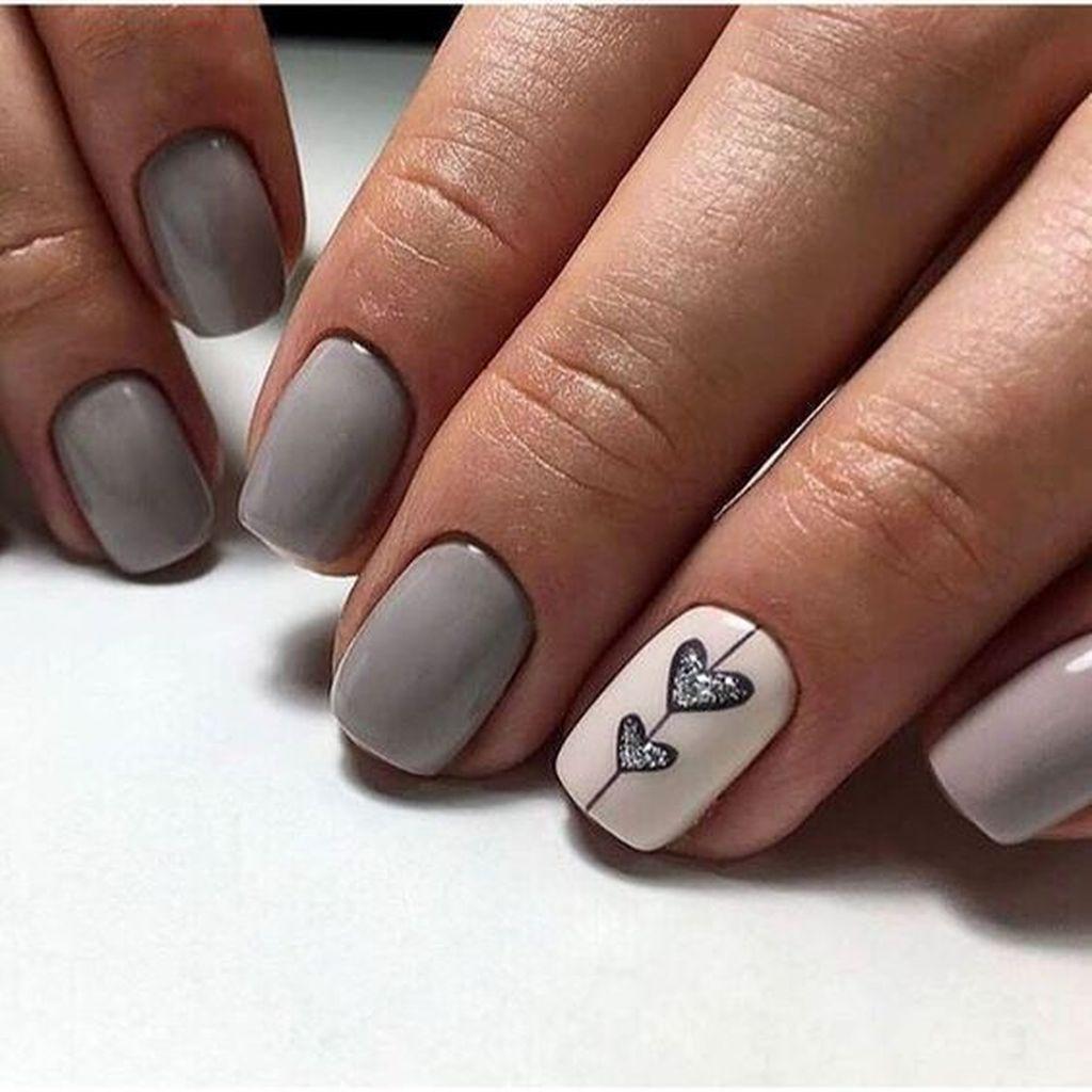 40 Pretty Nail Art Ideas For Valentines Day To Try Asap In 2020 Gelove Nehty Design Nehtu Nehty