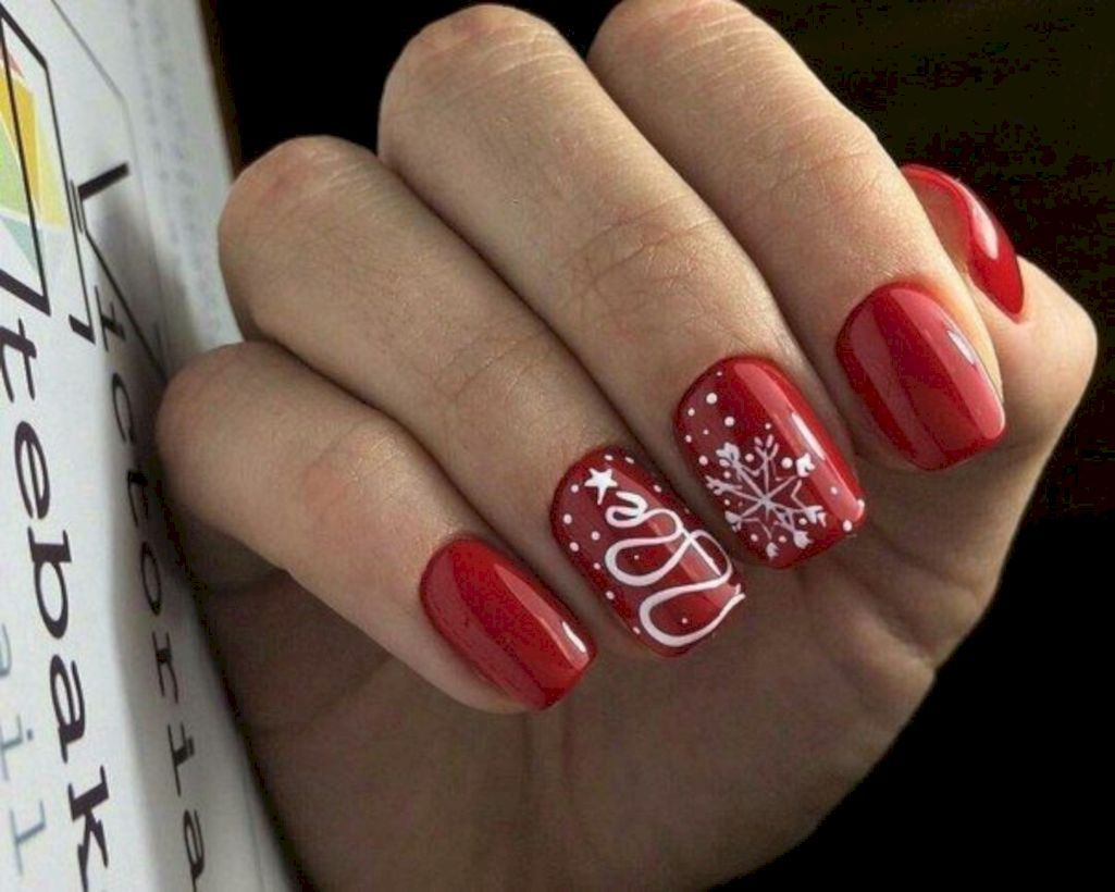 40 Most Popular Winter Nail Art Design Ideas For Christmas Cervene Nehty Gelove Nehty Design Nehtu
