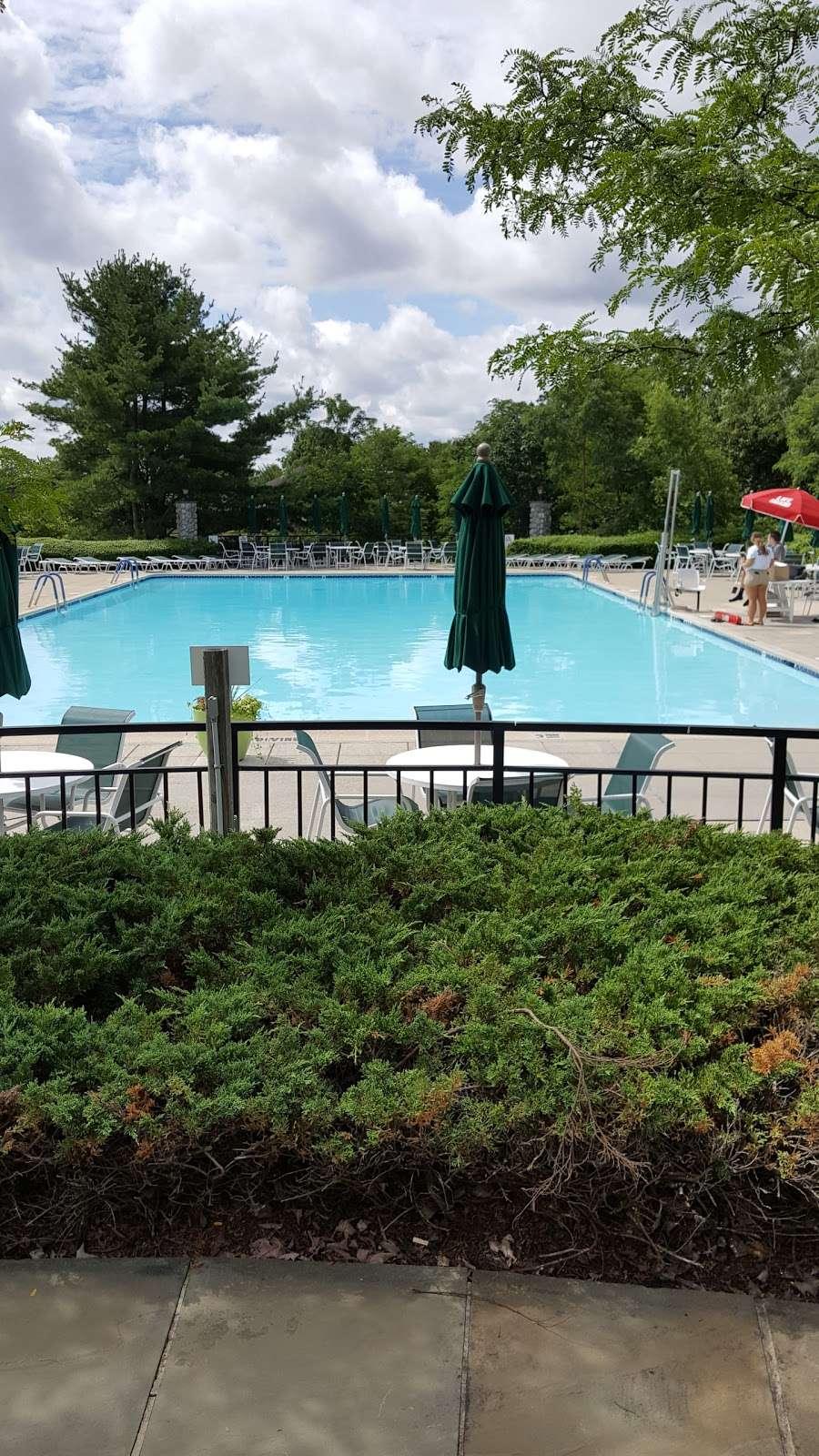 Four Seasons Spa Country Club 1560 Spring Meadow Dr Lakewood Nj 08701 Usa