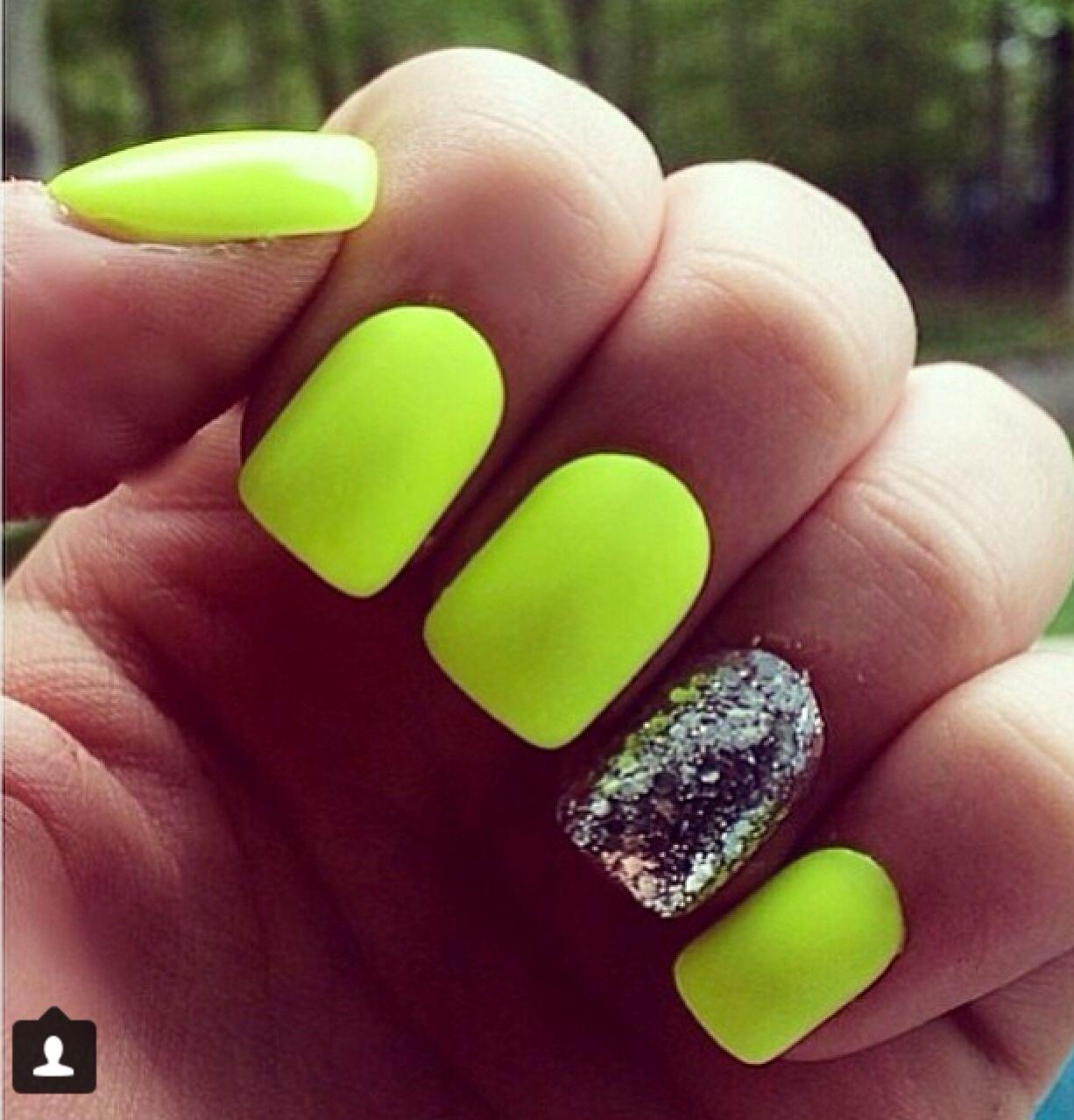 Neon Yellow Nails Nehty