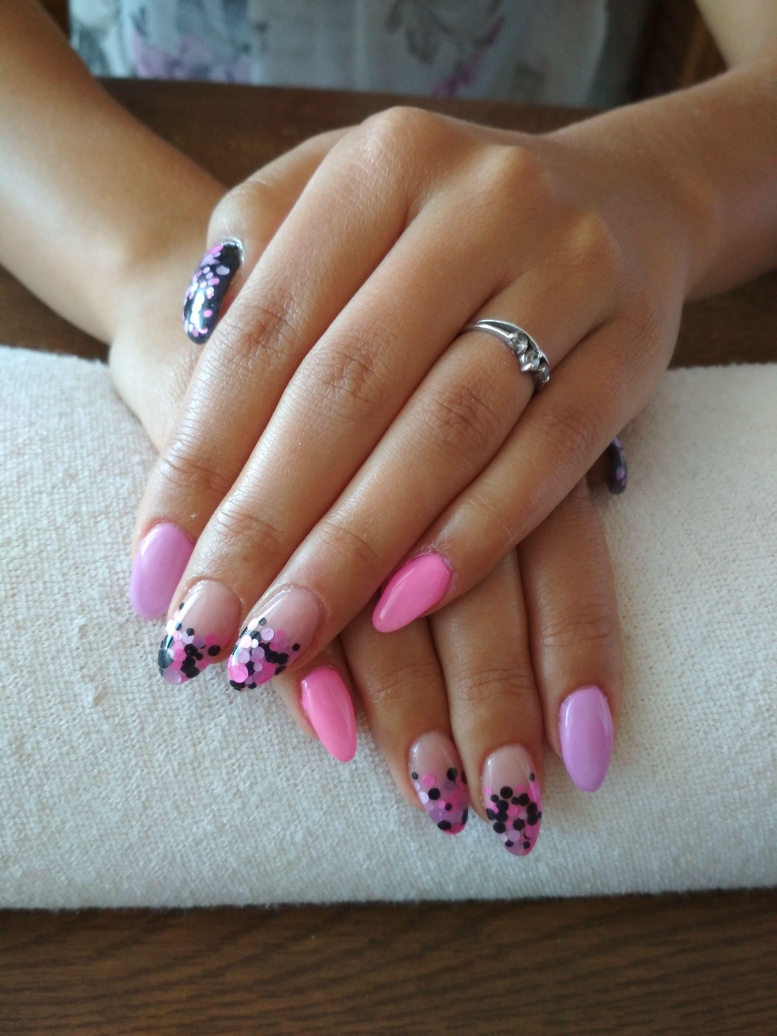 Kamuflaz Pink Gel Purple Gel Black Gel And Glitter Gelove Nehty Nehty